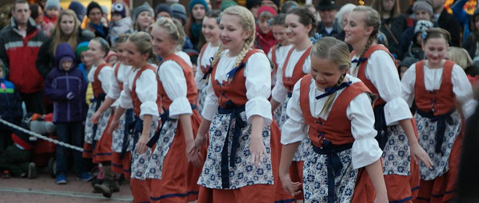 christkindlmarkt-clock-tower-dancers.jpg