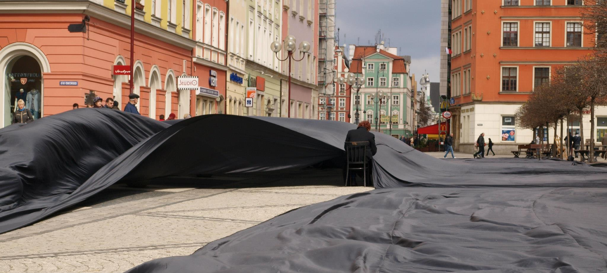 Strumień Pamięci - Epitafium Katyńskie 2010 Wrocław, 10.04.2010 fot. Igor Kalina