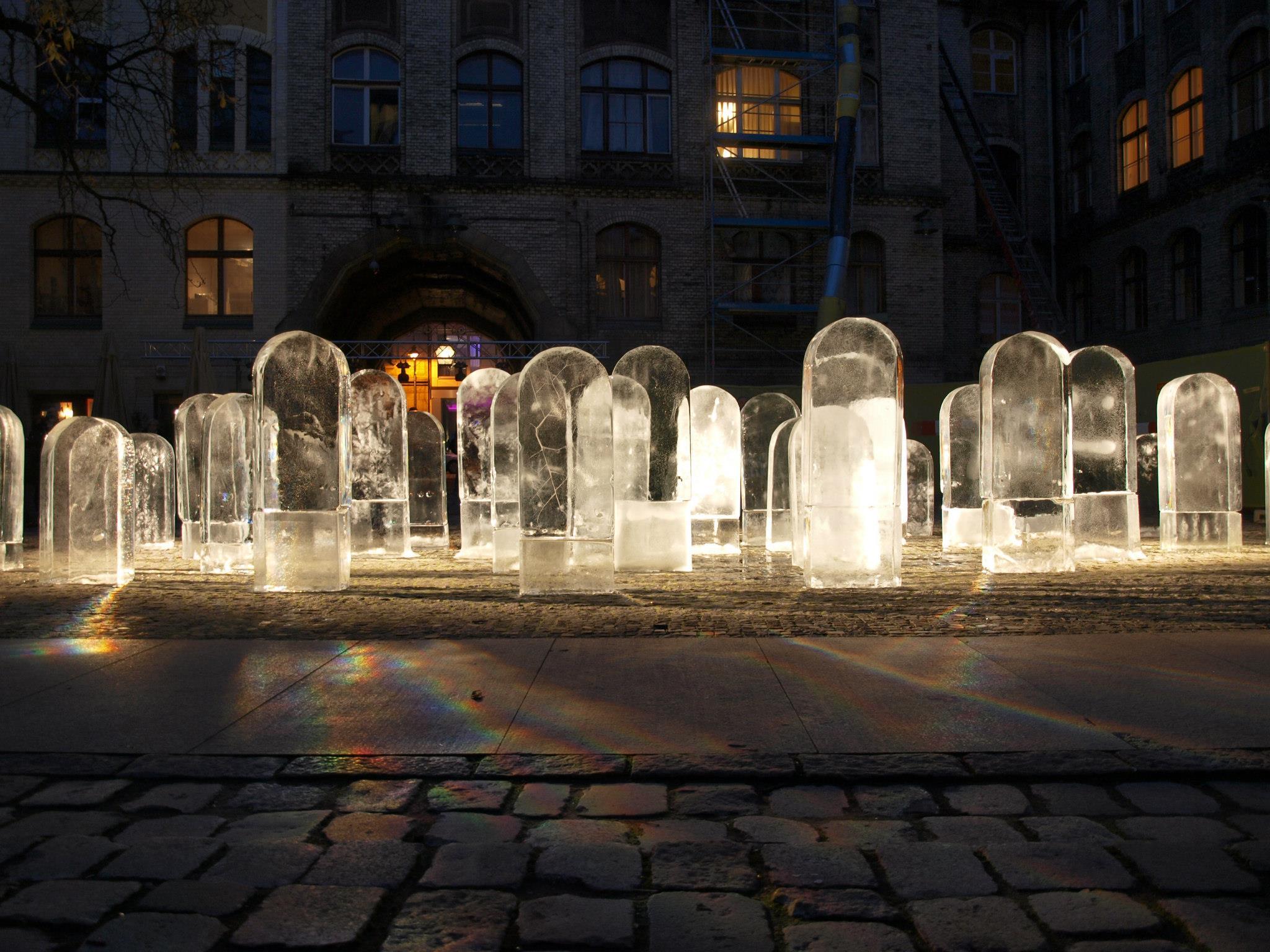 """""""Czarny Kryształ"""" Wrocław, 8.11.2012 fot. I.Kalina"""