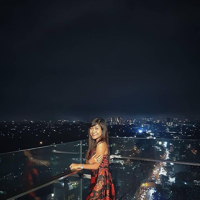 Beautiful cityscape from way above.  Thank you @restijumia for sharing!  #TheTransLuxuryHotel #TransLuxuryExperience #The8thRestaurant&Lounge #the18th #the18threstaurantandlounge #the18th_tlh #thetransluxuryhotel