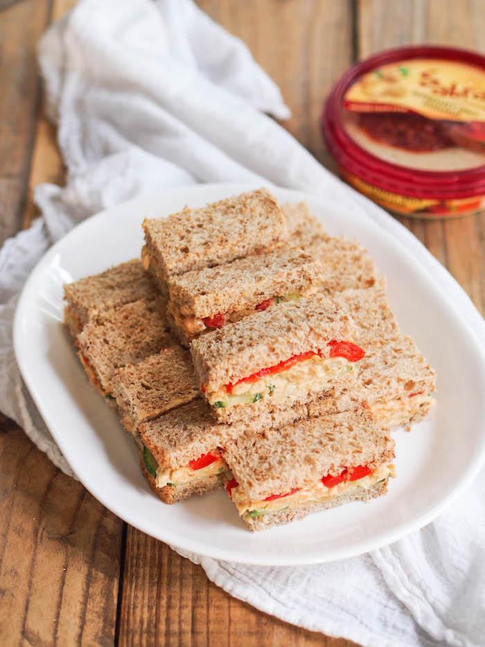Chickpea Hummus Salad Sandwiches #vegan #vegetarian #hummus #chickpea #sandwich #tailgate