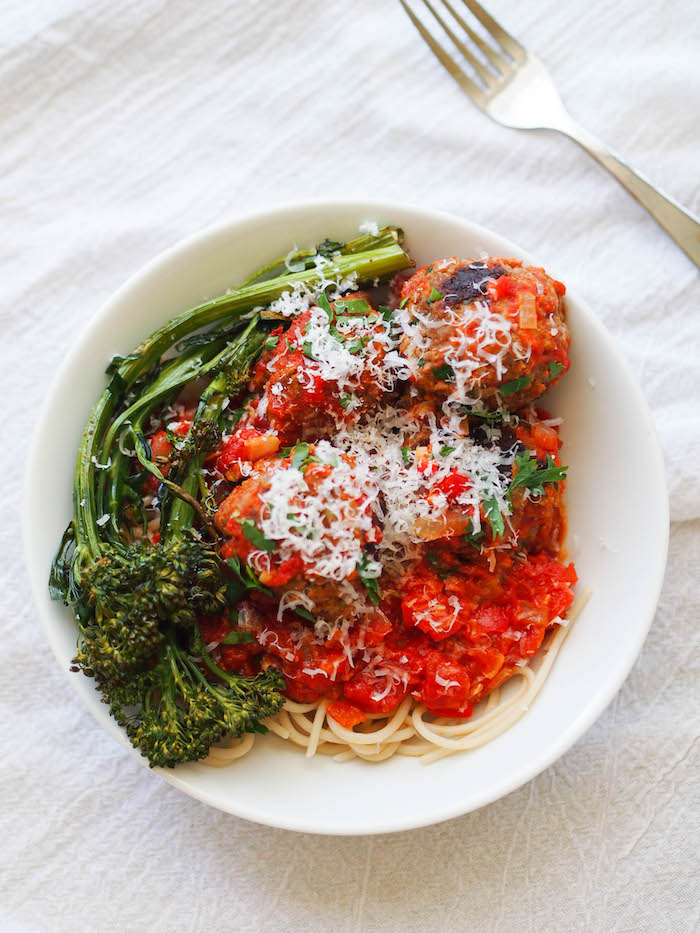 Spaghetti and Spicy Meatballs