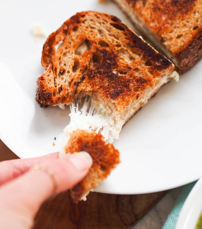 cheddar-goat-grilled-cheese.jpg