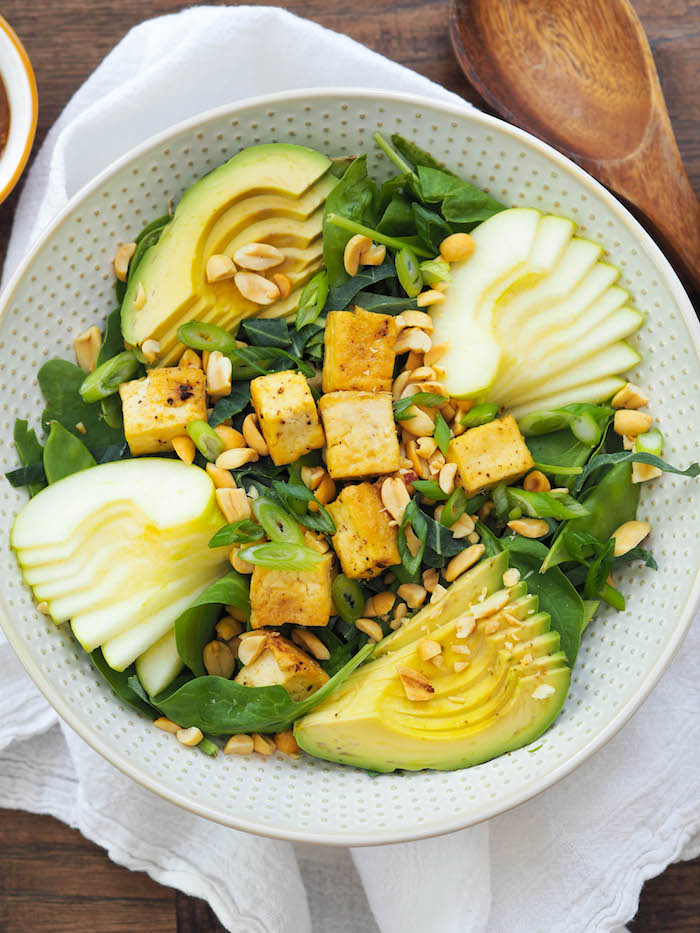 Asian Spinach Salad with Tofu, Green Apples and Avocado