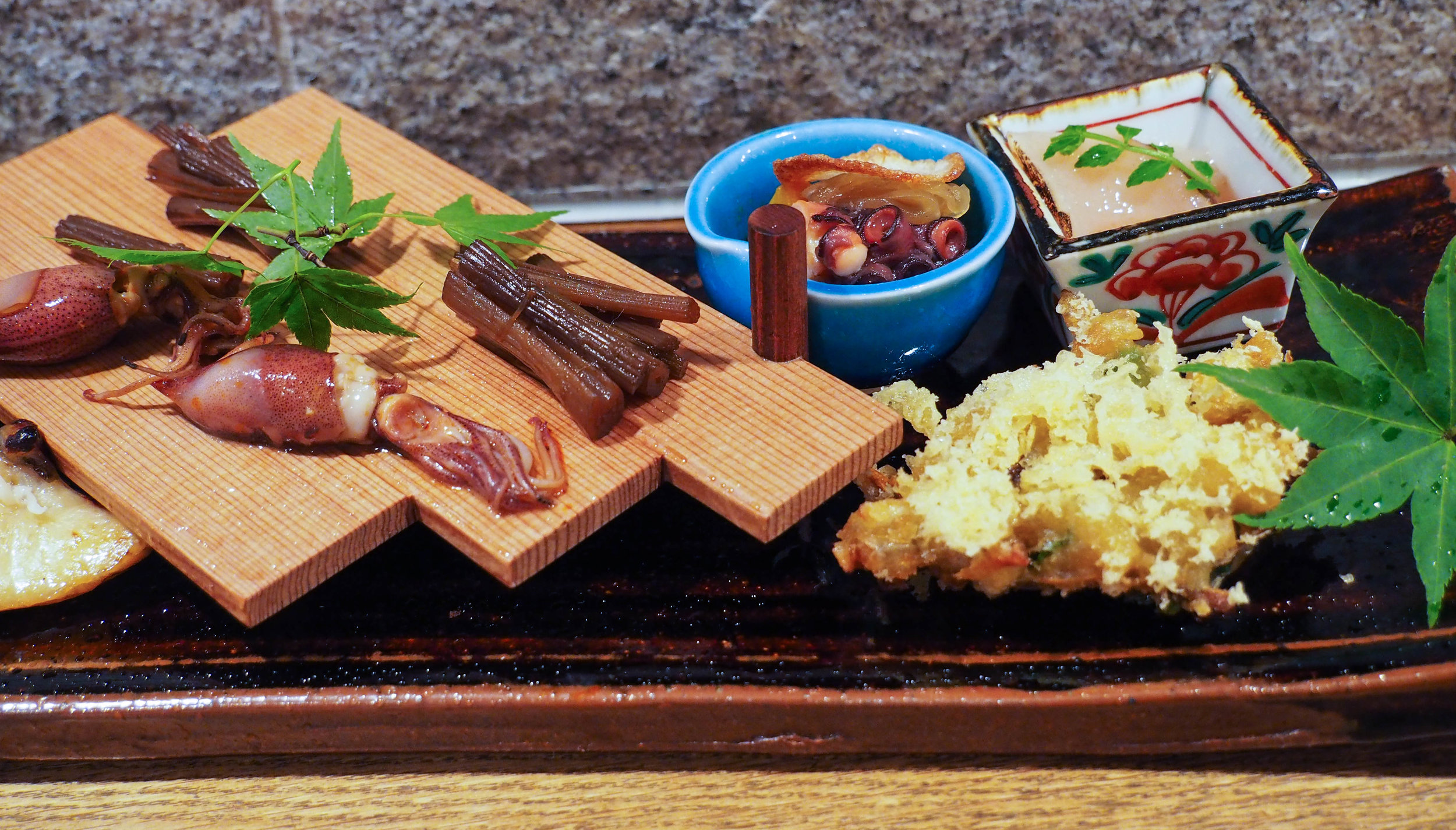 我们有一系列的金枪鱼三明治,用了一顿,用了一顿,用金枪鱼,吃了一碗土豆,吃了一碗土豆!