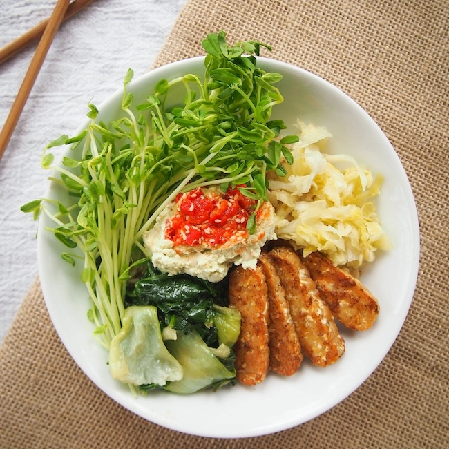 Brown Rice Bowl with Five Spice Temeph
