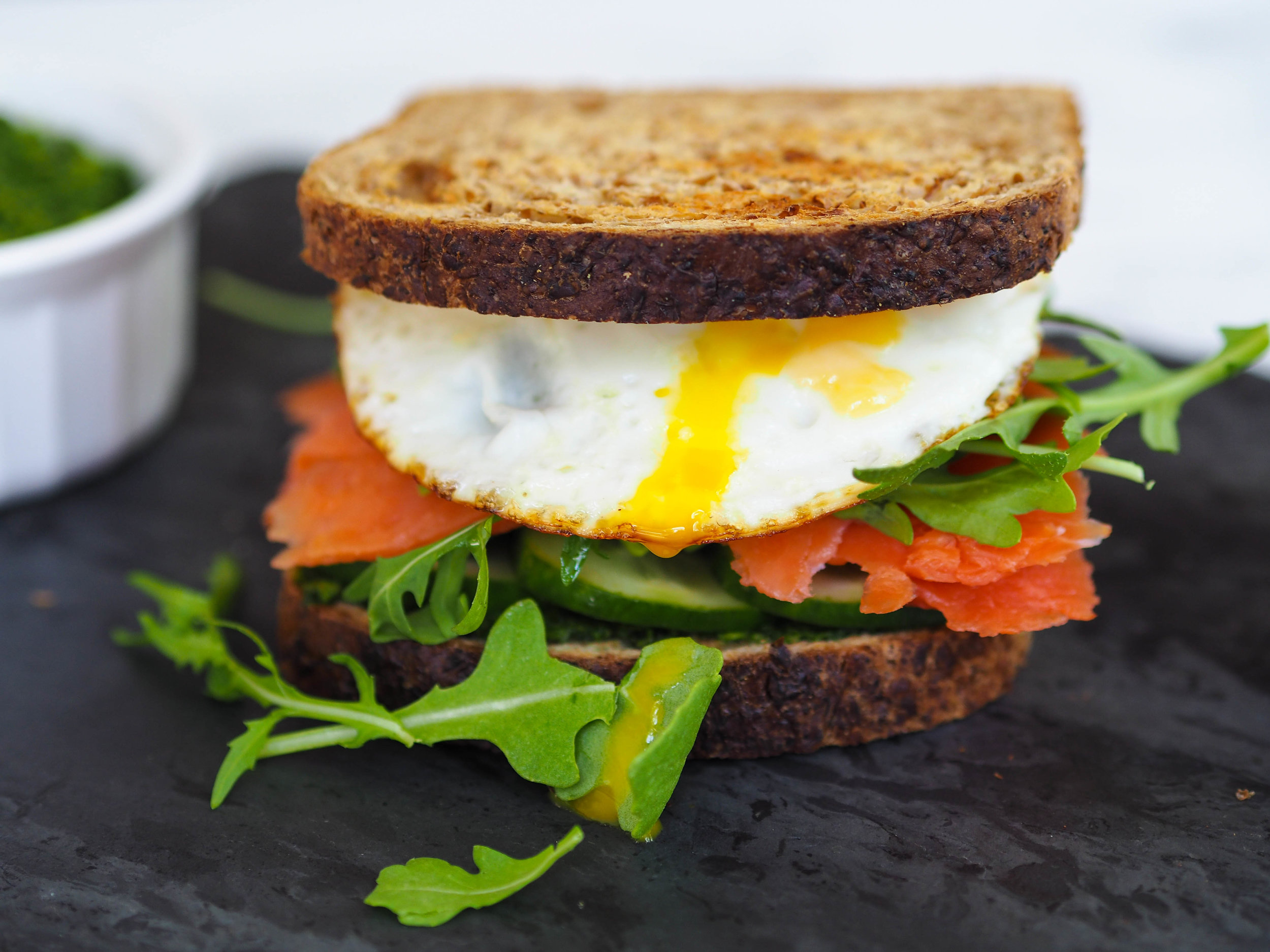 smoked-salmon-avocado-breakfast-sandwich-4-2.jpg