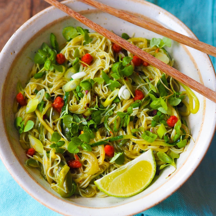 Green Curry Avocado Noodles
