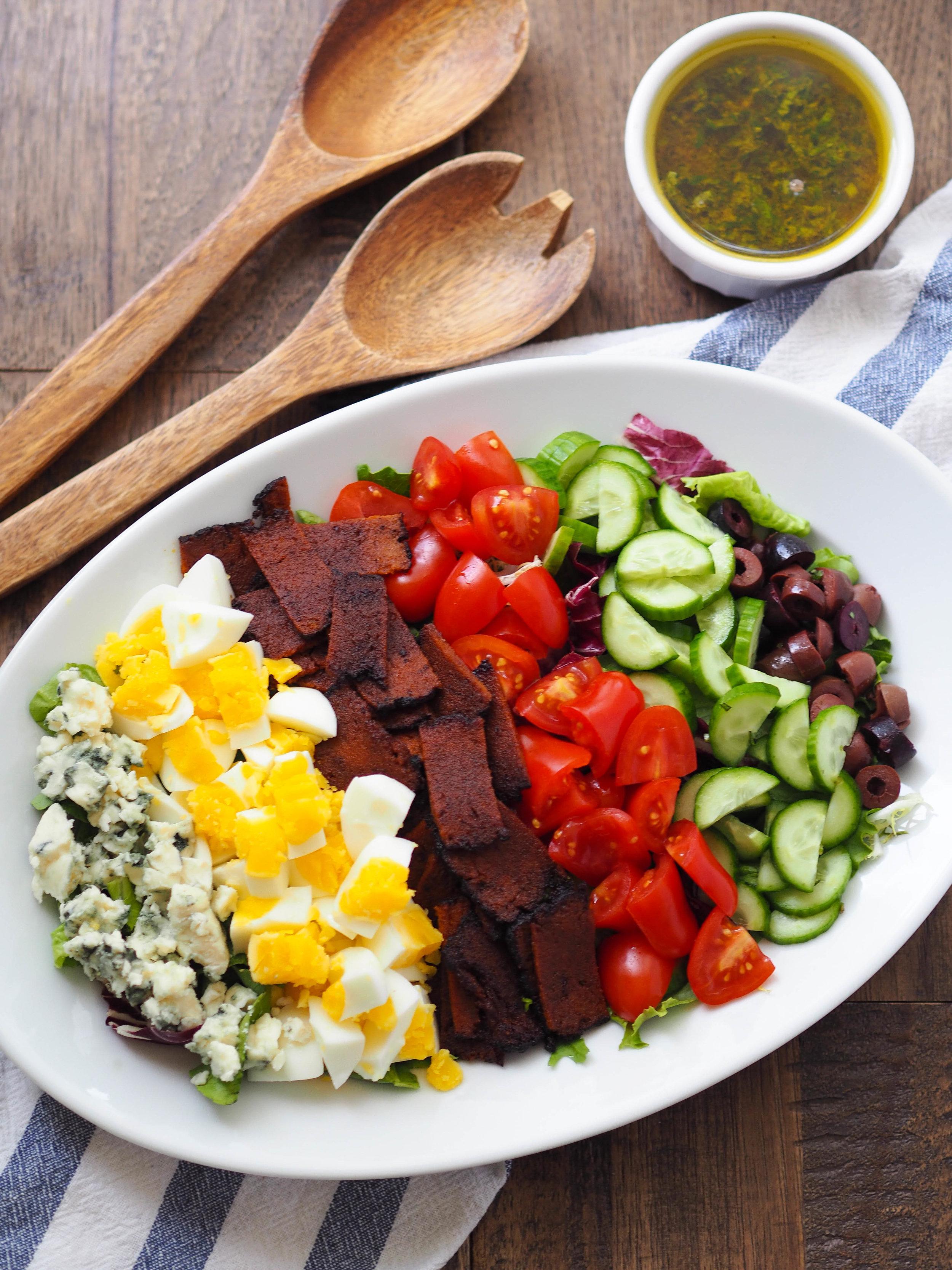 给这个沙拉给她吃培根沙拉!#素食##克里斯蒂娜#