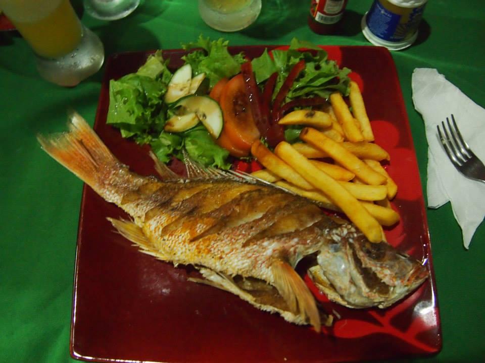 哥斯达黎加:海地人来钓鱼了。