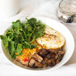 Savory Oatmeal with Sauteed Mushrooms, Arugula, and Fried Eggs