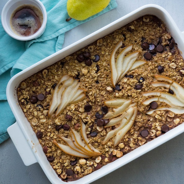 Browned Butter Pear and Dark Chocolate Baked Oatmeal