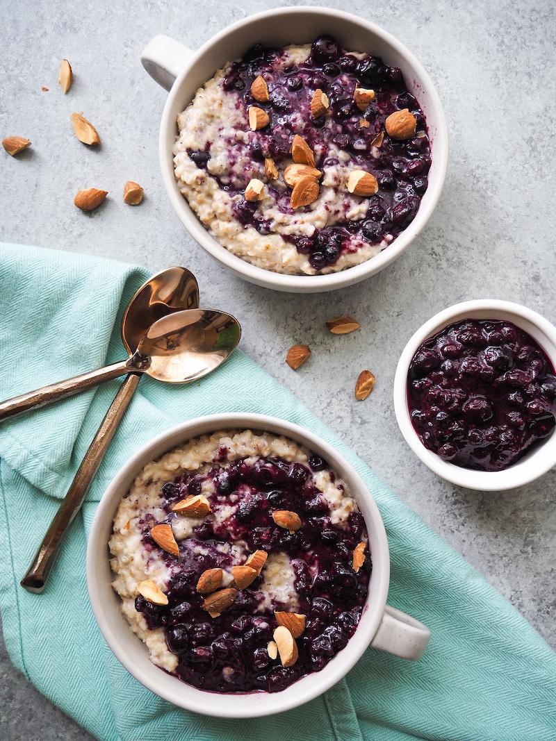 Vegetarian Blueberries and Cream Oatmeal