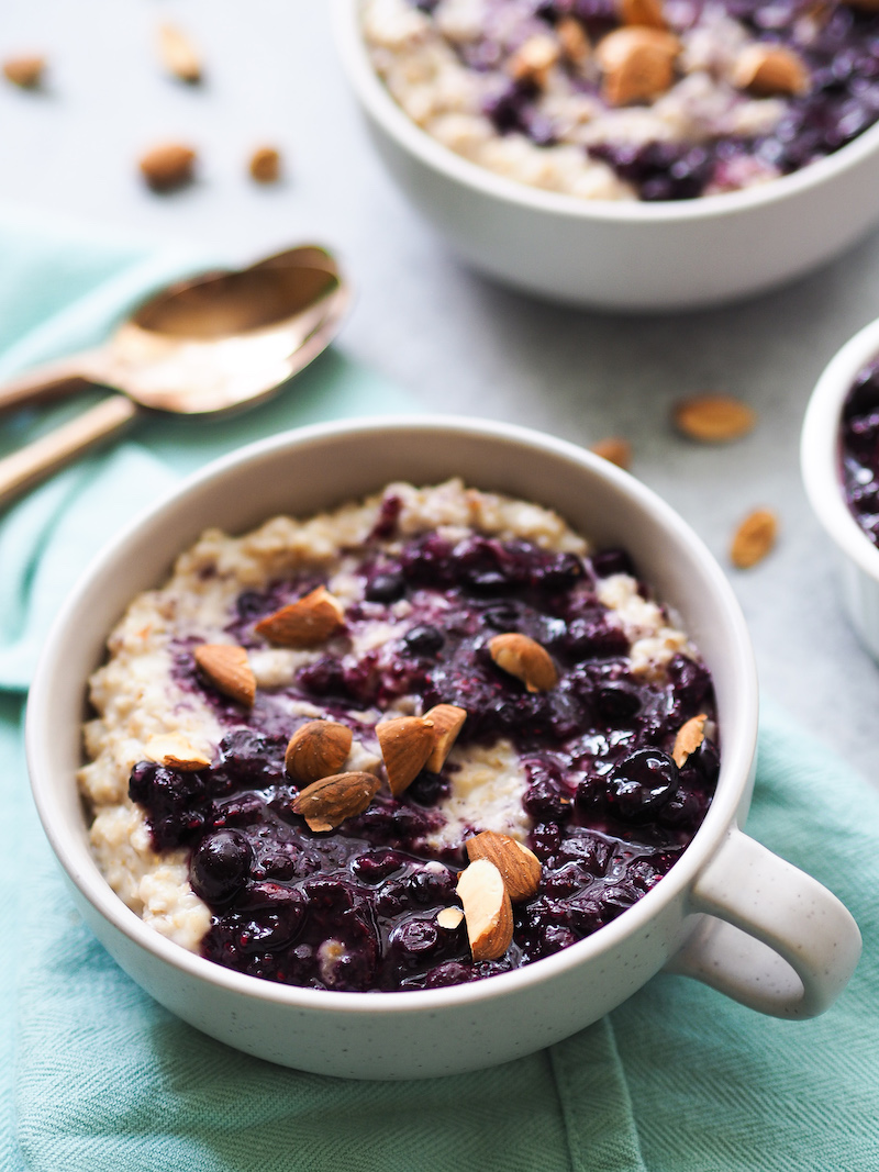 Gluten Free Blueberries and Cream Oatmeal