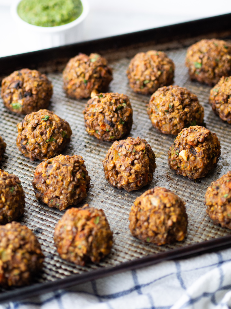 Kid Friendly Vegetarian Lentil Meatballs