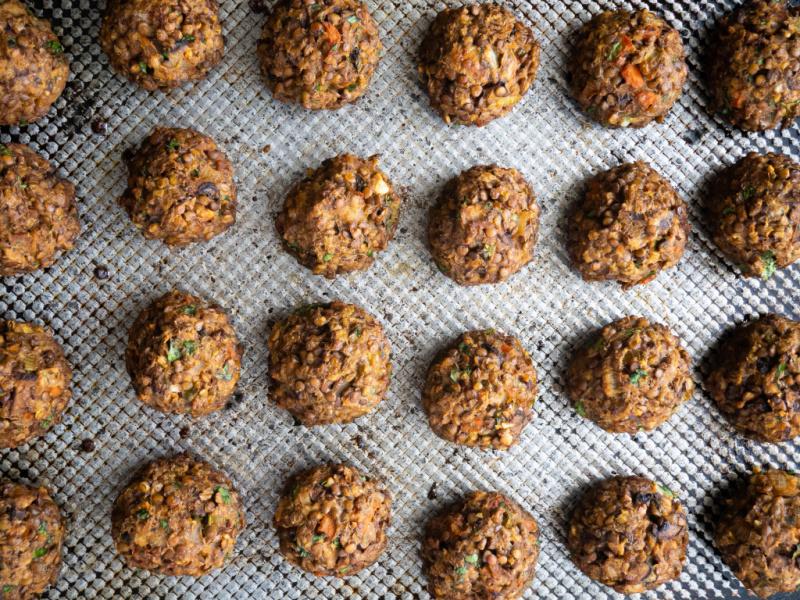 Make Ahead Vegetarian Lentil Meatballs