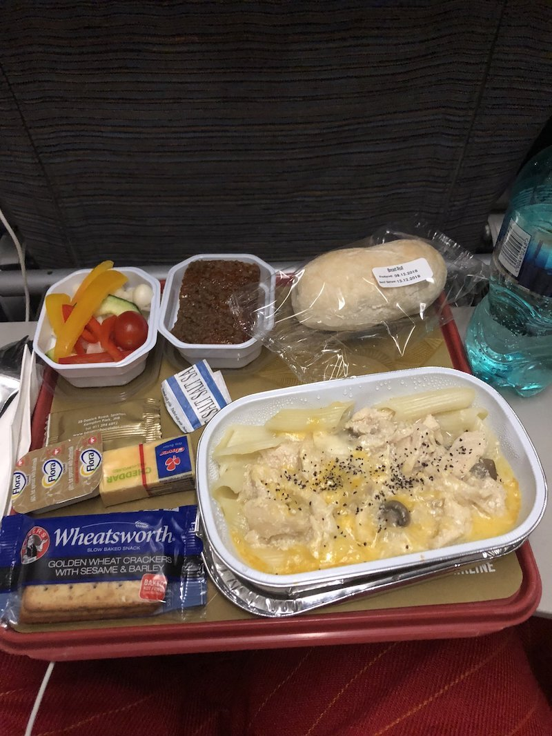 What an Intuitive Eater Eats in the Day - airplane food