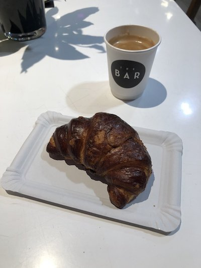 What an Intuitive Eater Eats in the Day - croissant
