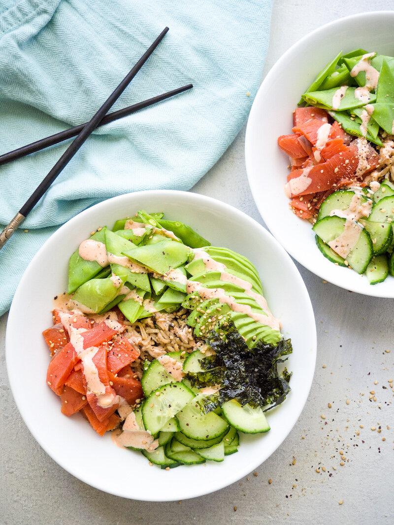 Healthy Spicy Smoked Salmon and Avocado Sushi Bowl Recipe