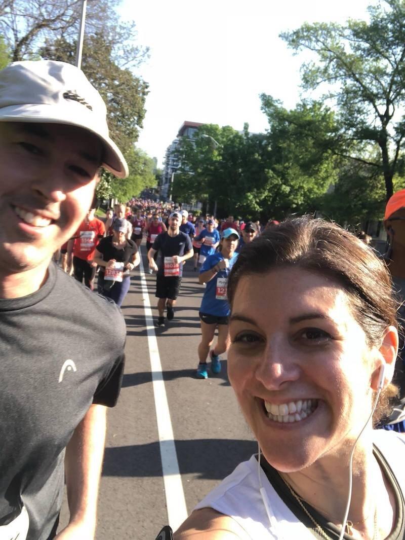 我去年马拉松马拉松都是我的第一个。我没那么多时间,因为我不能骑着火车,我就能看到你的舞步,所以我很开心,就能让我们放松点。我不知道我们要去玩一次,你的时间很开心!