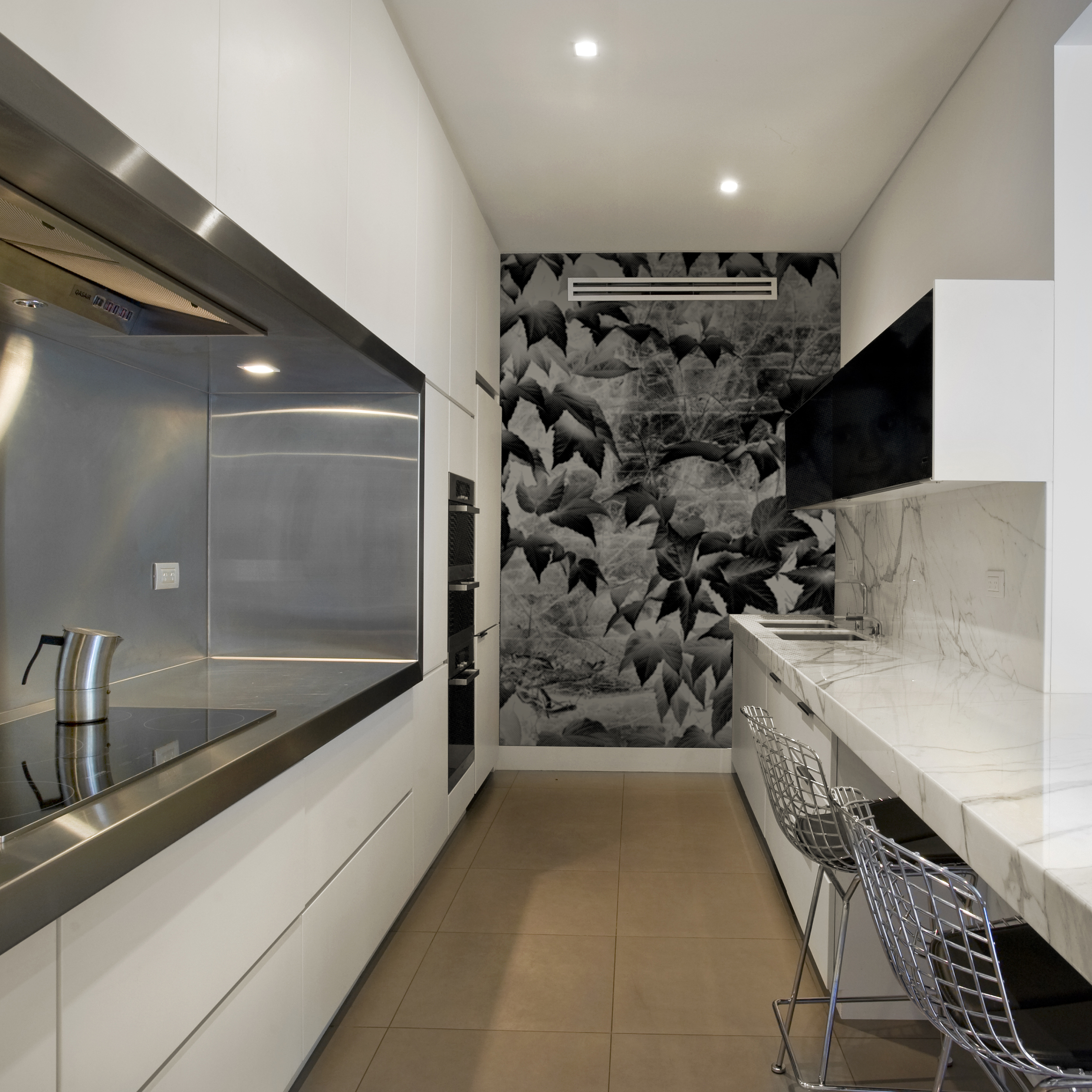 Project:  Abode House and Garden Awards 2012  Client:  Adelaide Residence  Award:  Runner Up