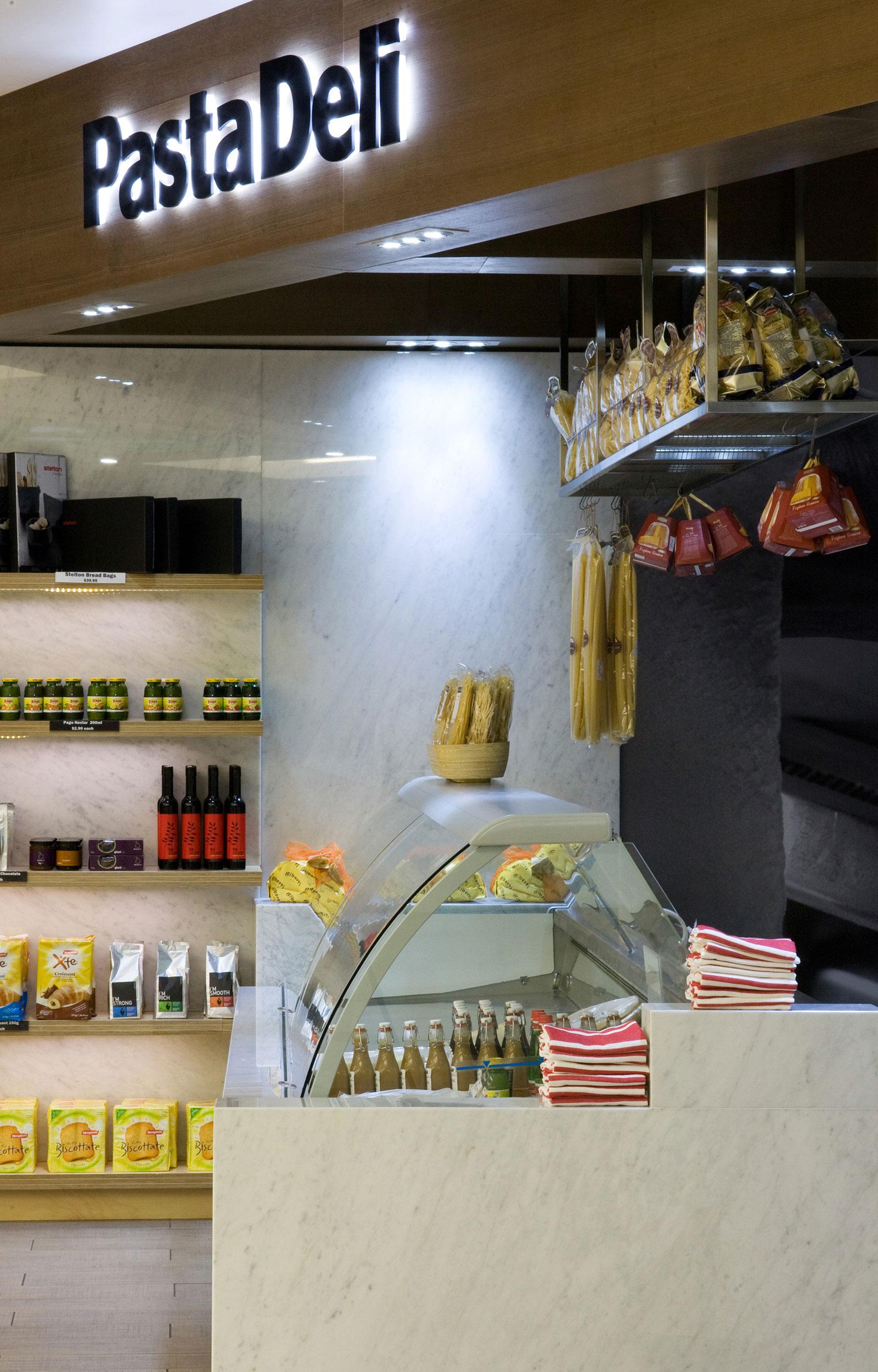enoki-interior-pastadeli-2.jpg