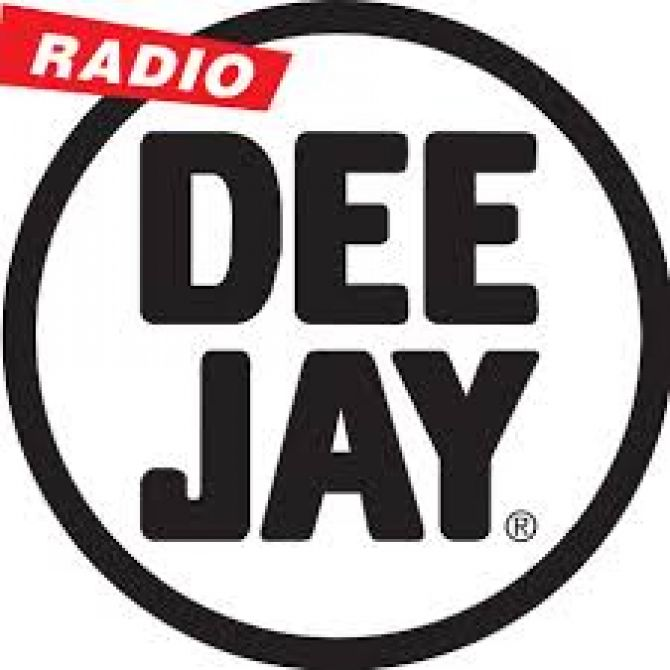 radio deejay.jpg