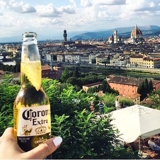 Cheers to you, beautiful Firenze 🍻😍 • • • • • • • • #firenze #florance #italy #summer #beer #corona #fromwhereyoudratherbe #view #stunning #landscape #crewlife #cabincrew #cabincrewlife #travel #explore #visitflorence #potd #cheers #passport #holiday #passportready #beautiful #instagood #instaview #travelgram #girlswhotravel #girlswhoexplore #sheisnotlost  #travelphotography #travelgram #scenic