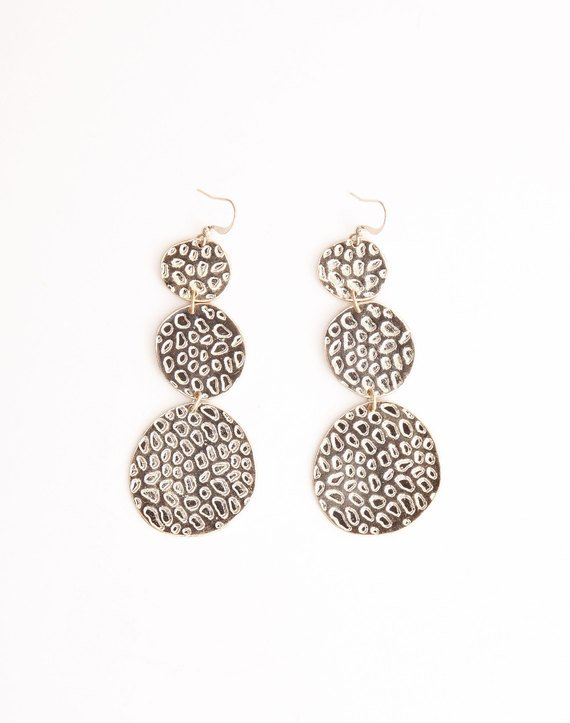 drop-earrings-gold-full-je34676ear.jpg