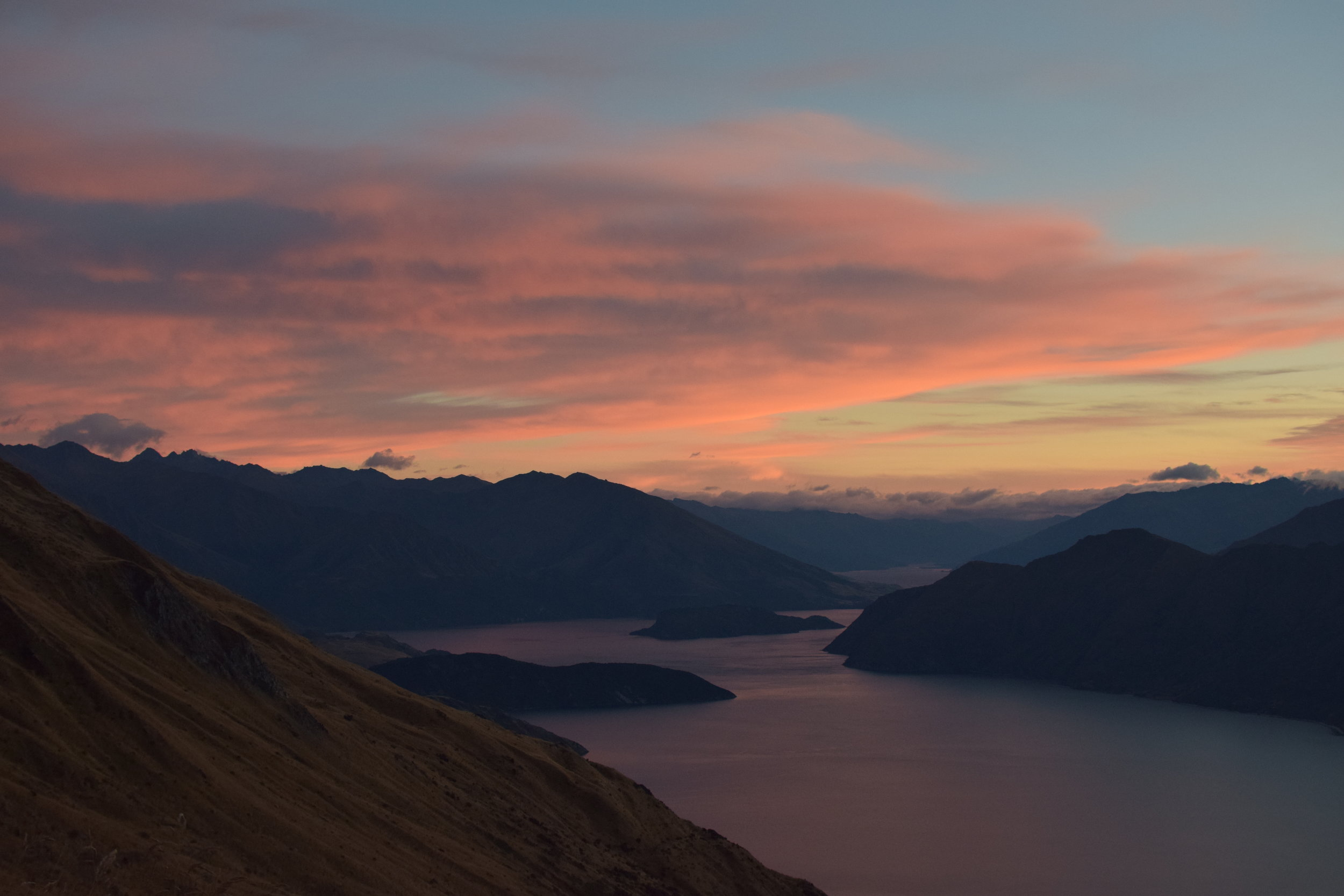 KANO Travel & Trip to Roys Peak | New Zealand