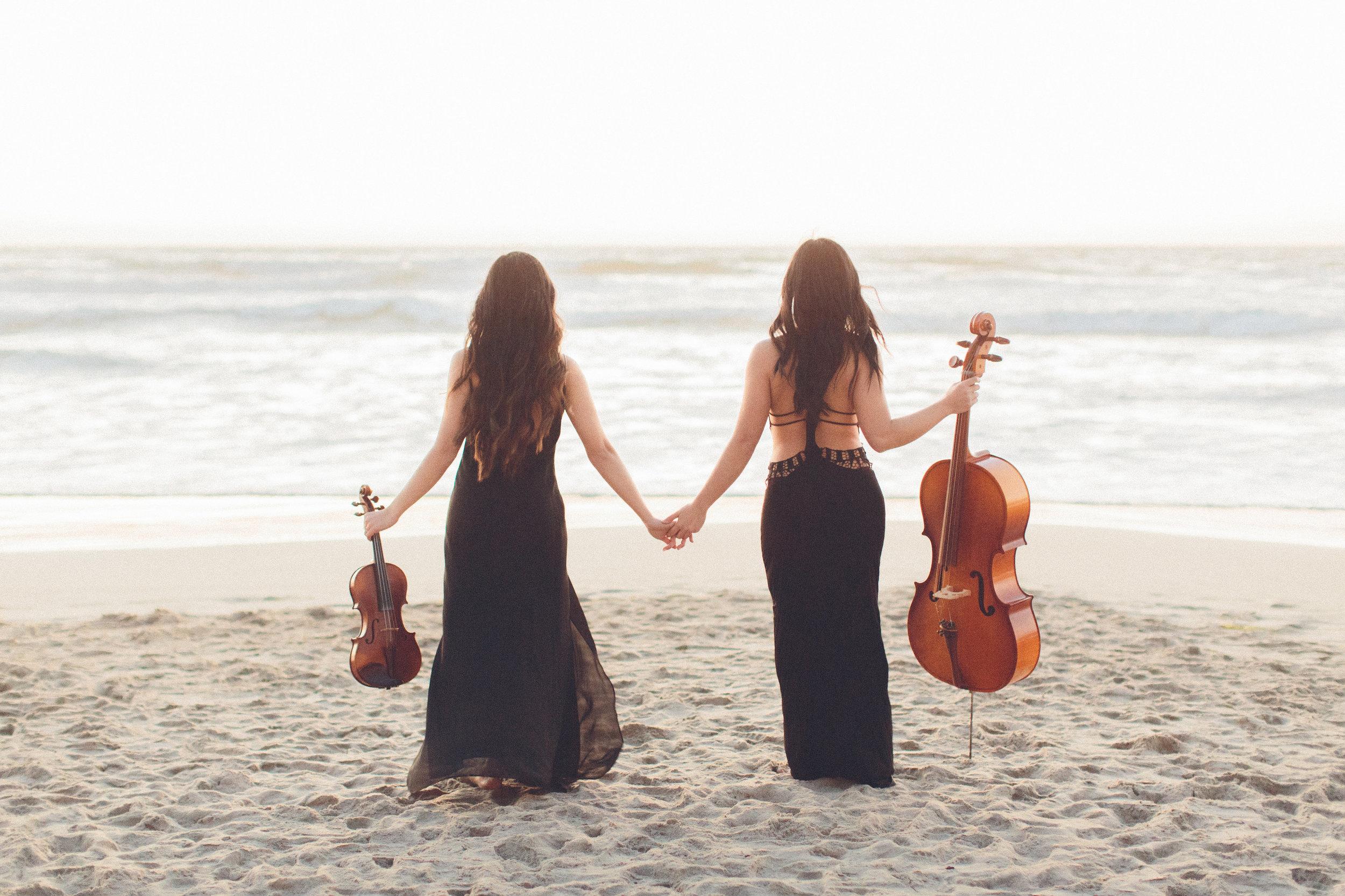 celloviolinsunset.jpg