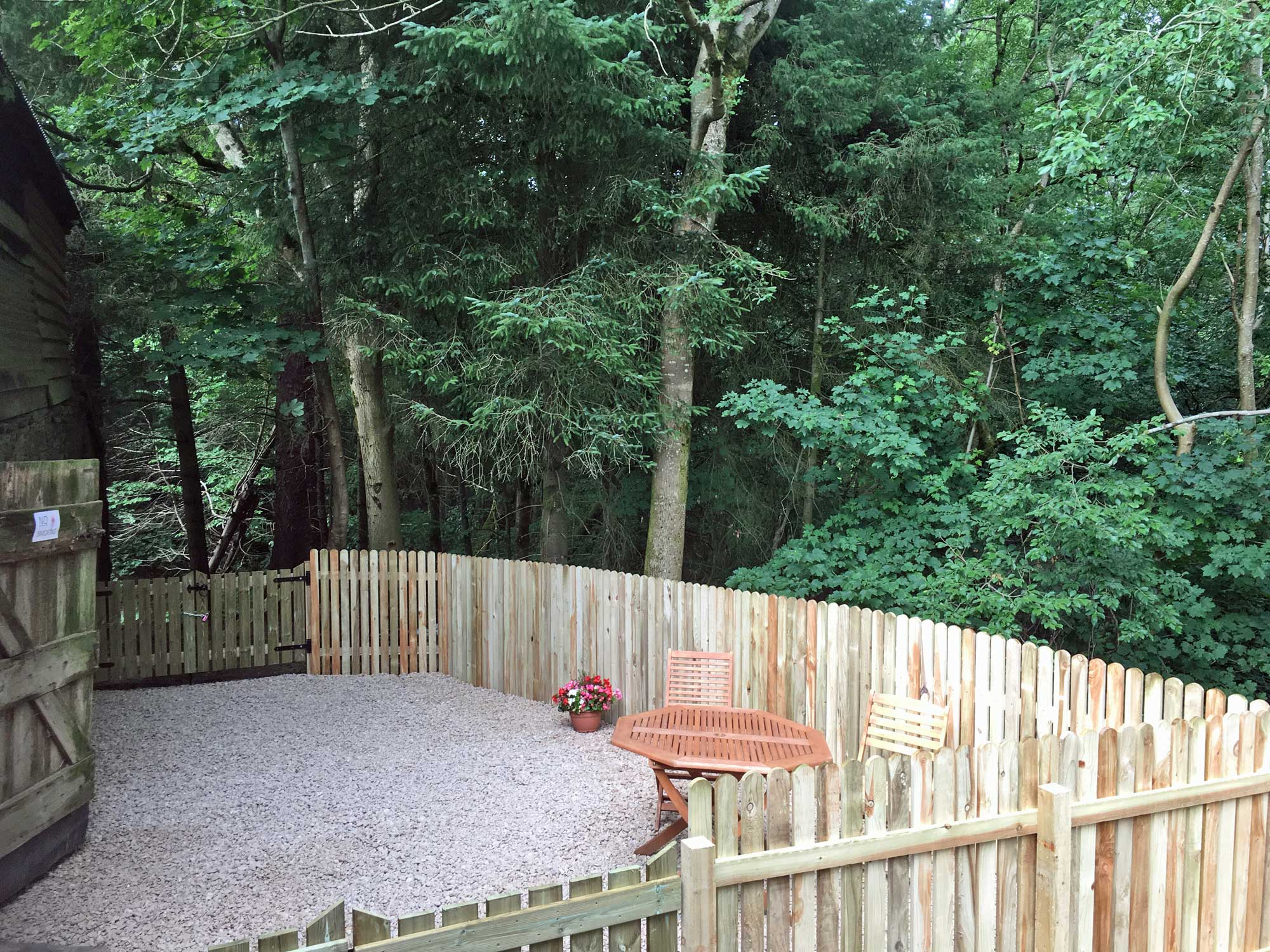 Drovers woodland seating area