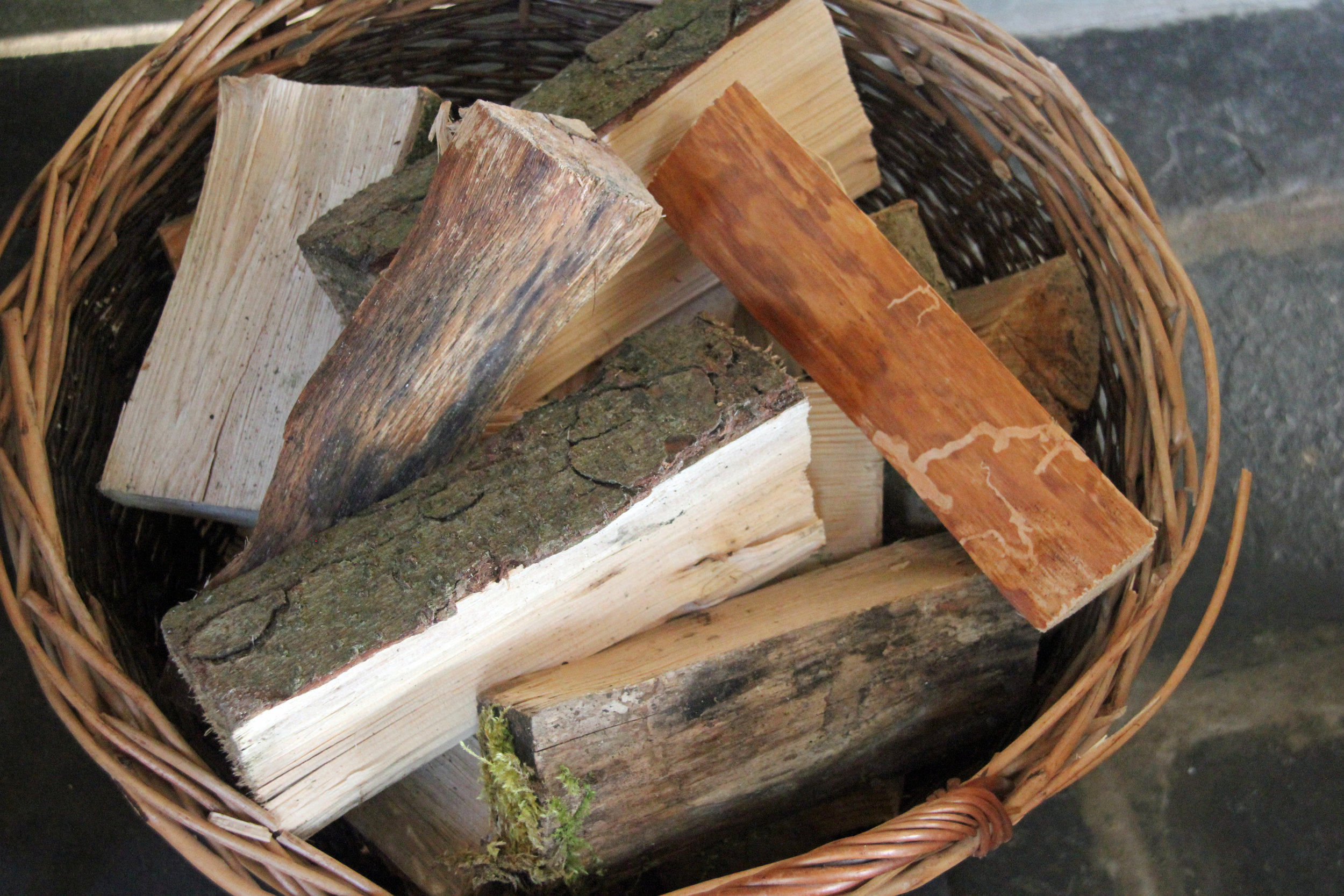 The Drovers Retreat log basket with wood from Graig Farm