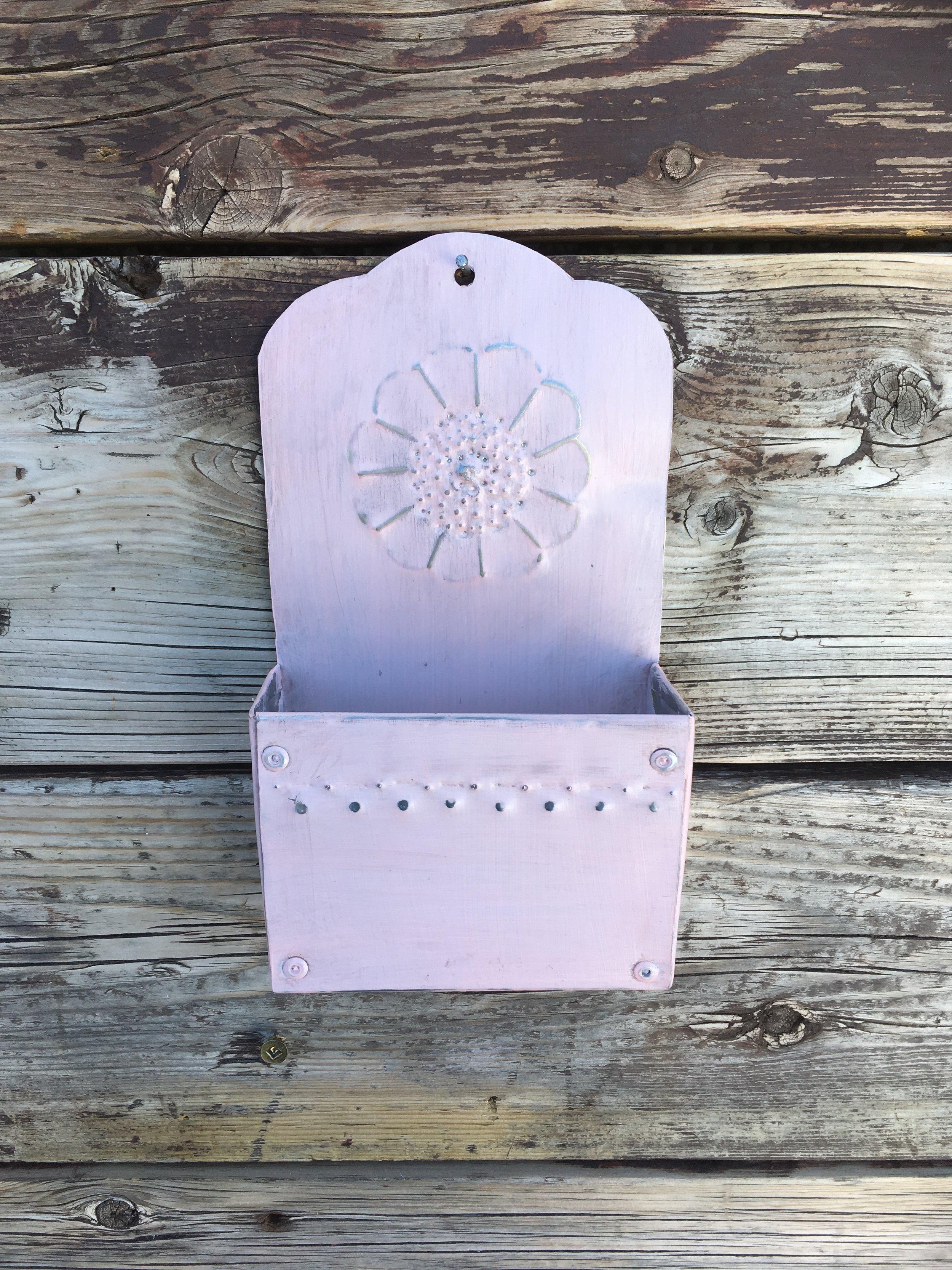 Pink Tin Metal Wall Pocket.JPG