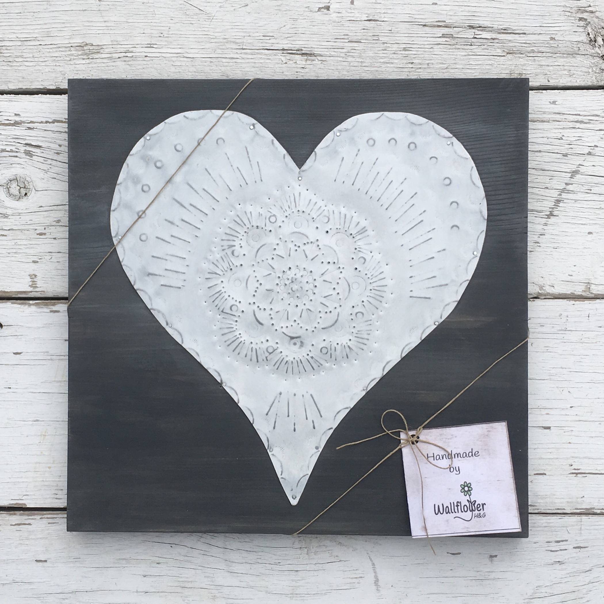 Lace Tin Hearts