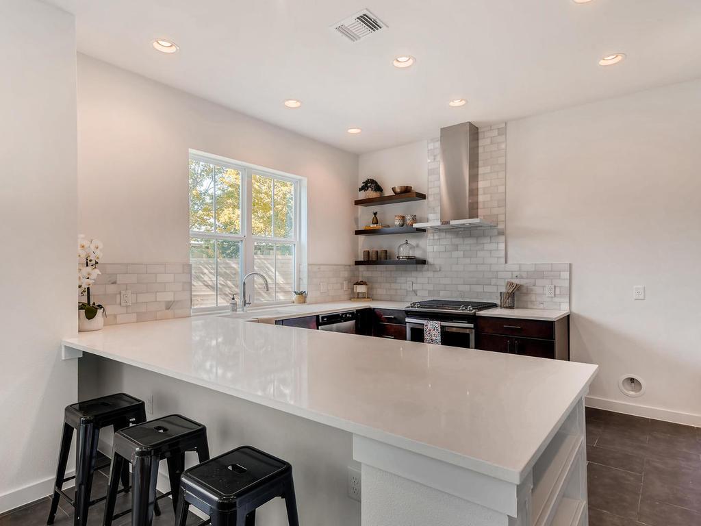 2910 Rogge Ln Austin TX 78723-009-29-Kitchen-MLS_Size.jpg