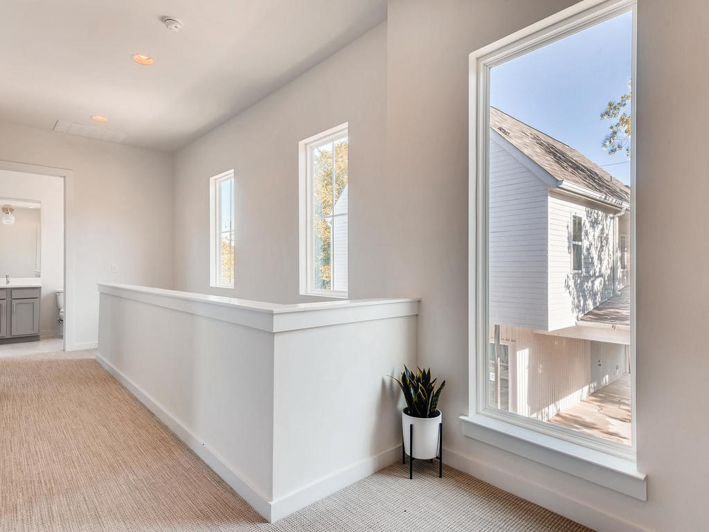 2910 Rogge Ln Austin TX 78723-023-23-2nd Floor Hallway-MLS_Size.jpg