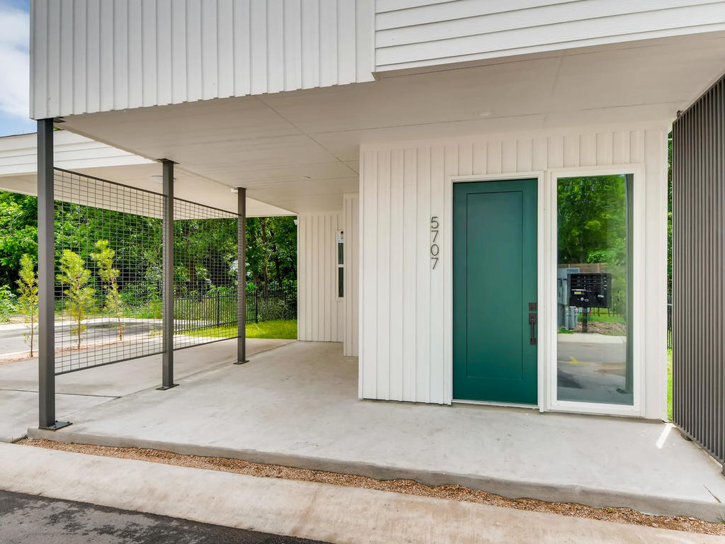 5707 Taunton Dr Austin TX-003-3-Exterior Front Entry-MLS_Size.jpg