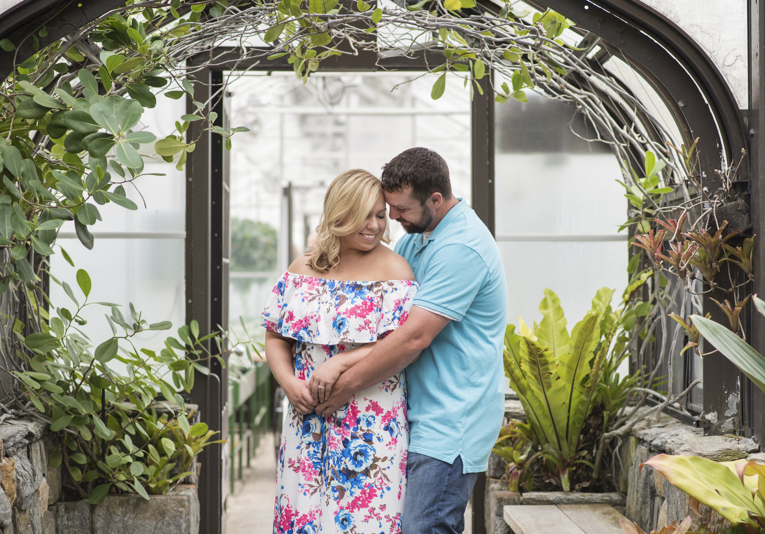 longwood garden engagement session