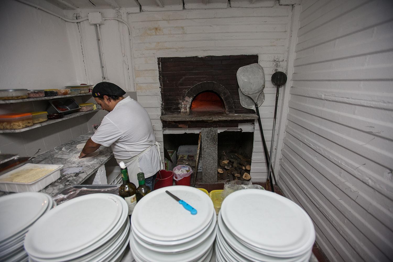 SLIDESHOW: Making pizza at Gypsy.