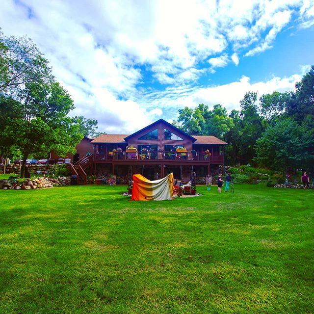 Weekend getaway in a beautiful Airbnb near Lake Shetek with a fun group of people. #lakeshetek #airbnb #campfire #weekendgetaway
