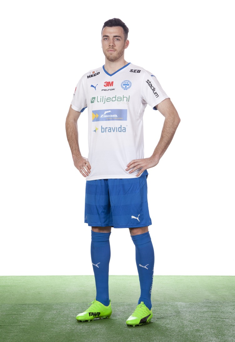 Butterfly version of Tyler Lissette   (2017), IFK Värnamo (Swedish Superettan) age 26. In 2017, Lissette (AKA Yogi Bear) made 29 appearances for the club, leading the team to a top 6 finish, and has been offered a 3 - year contract extension. Other notable Olé Football Academy alumni and New Zealand Internationals to play in Sweden's top professional leagues include Dan Keat (Falkenberg, GAIS) and Craig Henderson (Mjällby, GAIS).