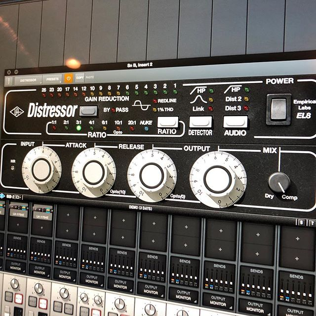 #distressortuesdays love using  this for tracking & mixing on just about anything! What's your favourite comp?