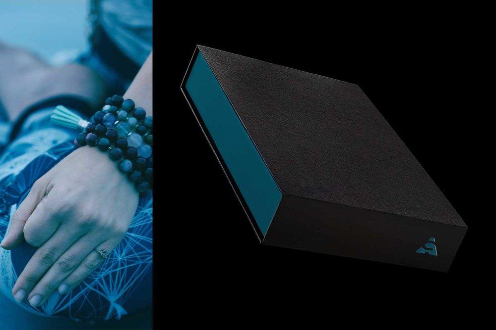 hand-mudra-jewelry-box.jpg