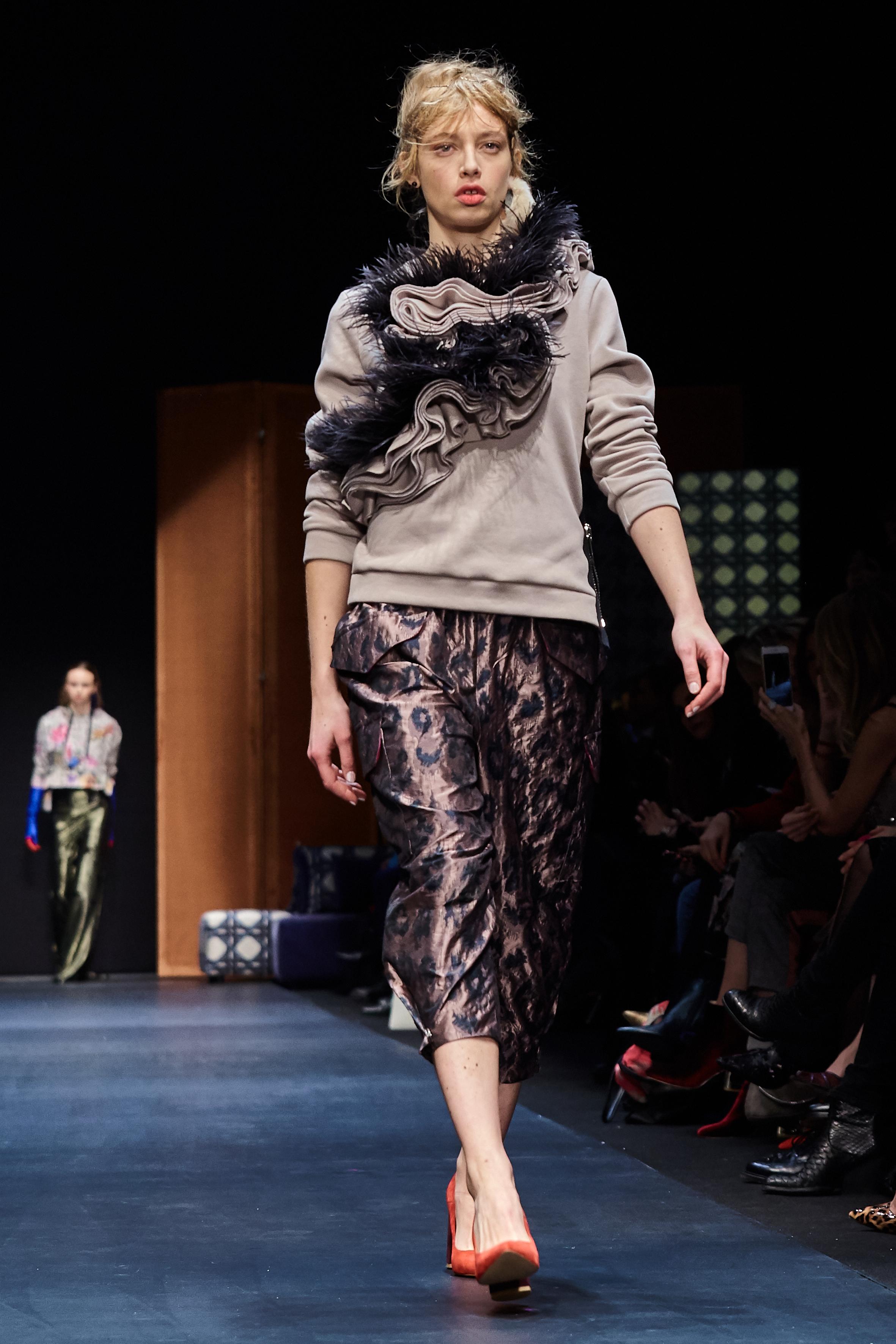 Looks_DawidTomaszewski_FashionWeekAW2018-19_HeidiRondak 66.jpg