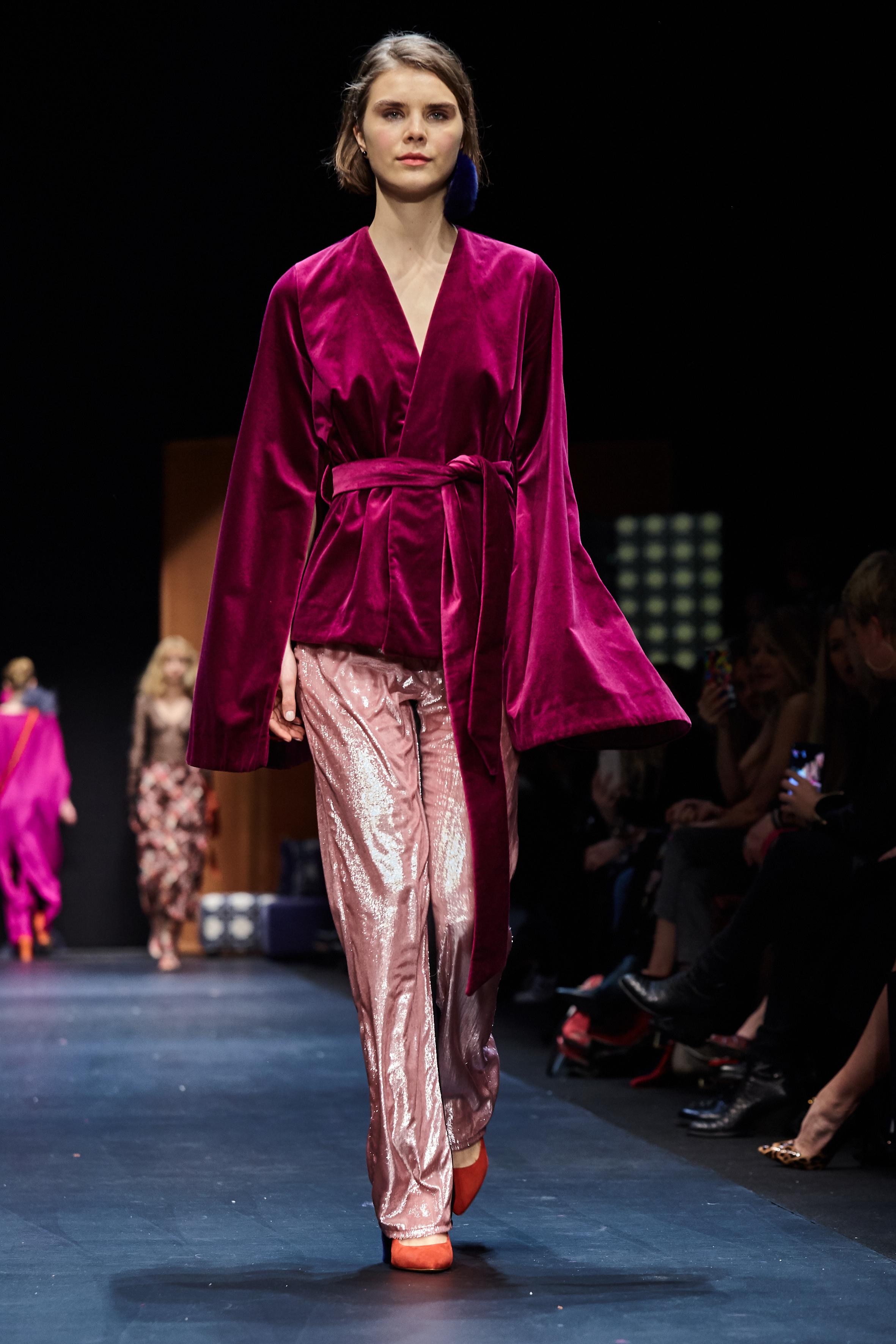 Looks_DawidTomaszewski_FashionWeekAW2018-19_HeidiRondak 175.jpg