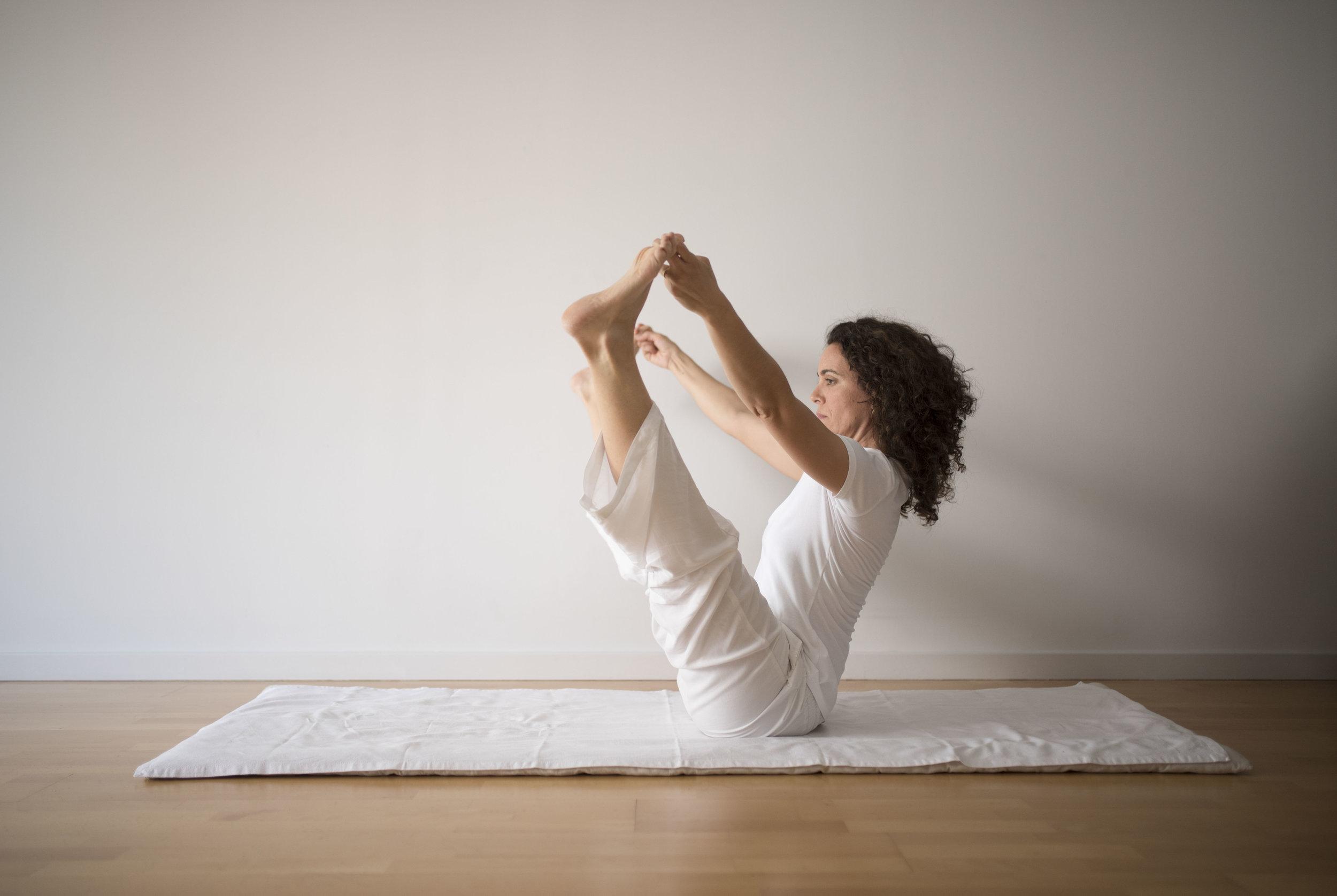 Nuria-Chalamanch_yoga_2018-06-01_gilbertbages_37.JPG