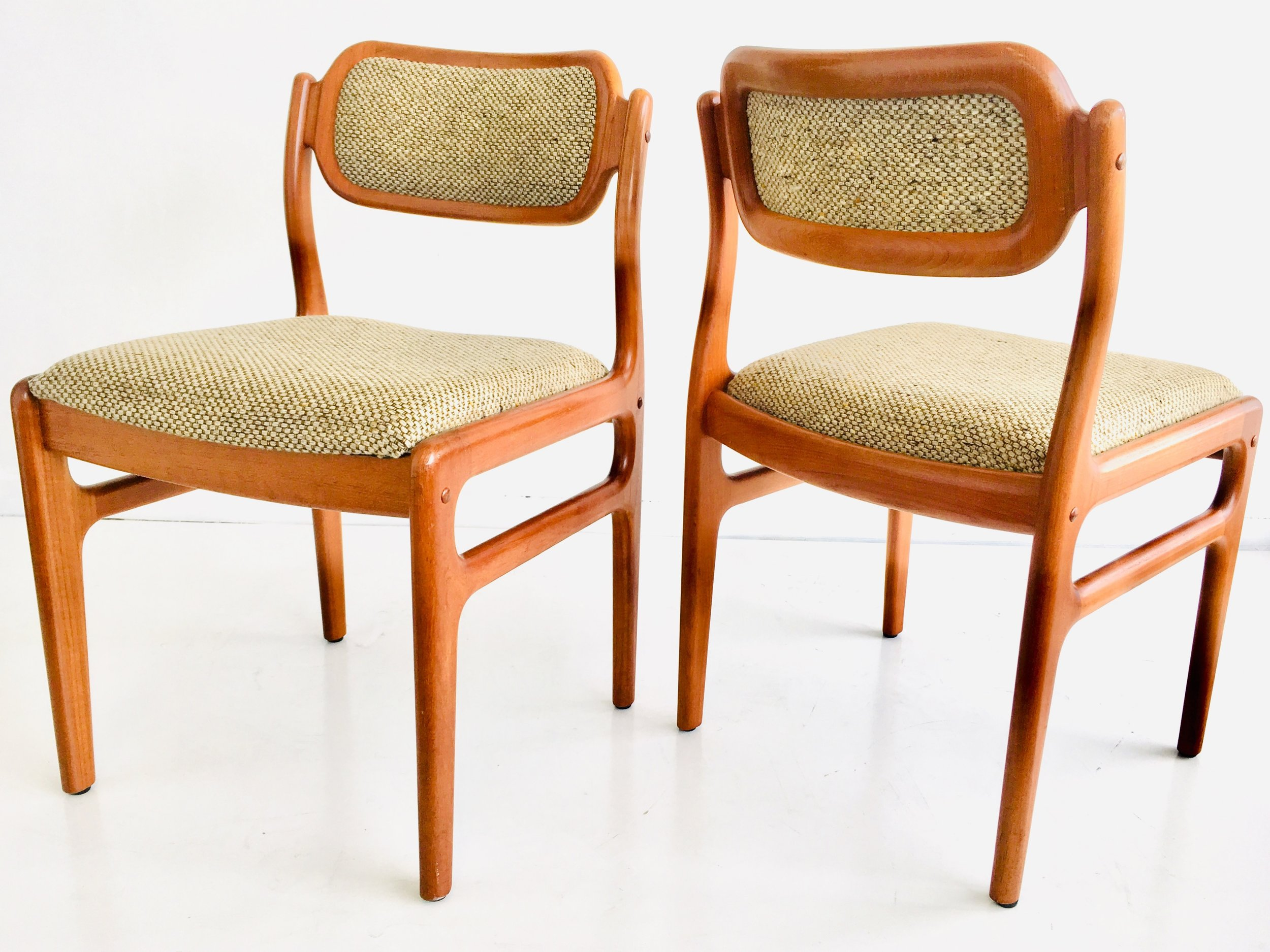 Image of: Australian Midcentury Pair Side Chairs By Wood Williams Melbourne 1960s Clavel