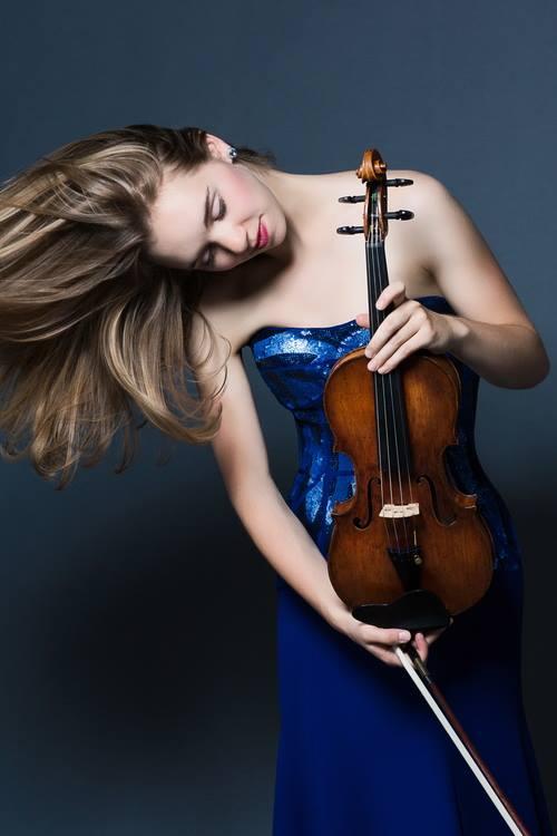 Amy Hillis, violon