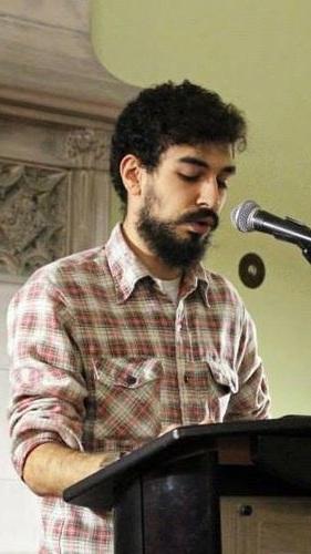 Les poèmes de Bardia Sinaee ont été publiés dans de nombreux magazines partout au Canada. Il vit à Toronto.